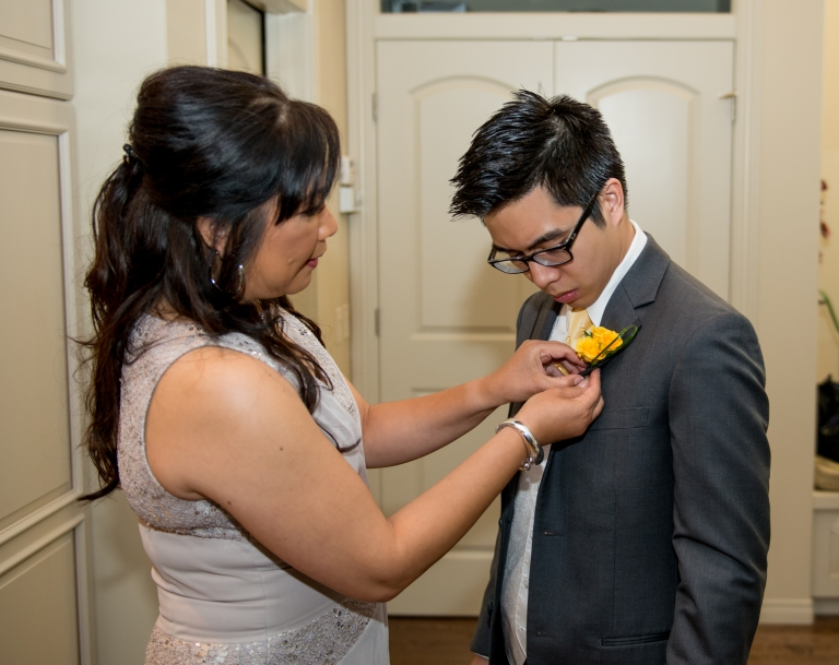 groom with mom