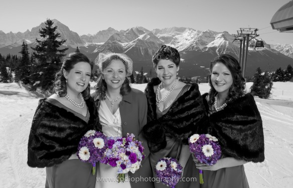 1940's bridesmaids