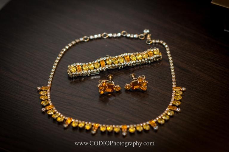 Antique vintage jewelery
